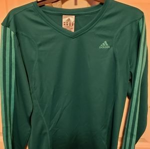 ADIDAS DRI-FIT type shirt size L in perfect condit